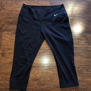 Nike Dri-fit cotton capris